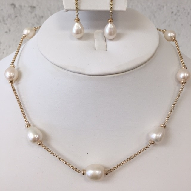 mary berry pearl necklace inspired by mary berry