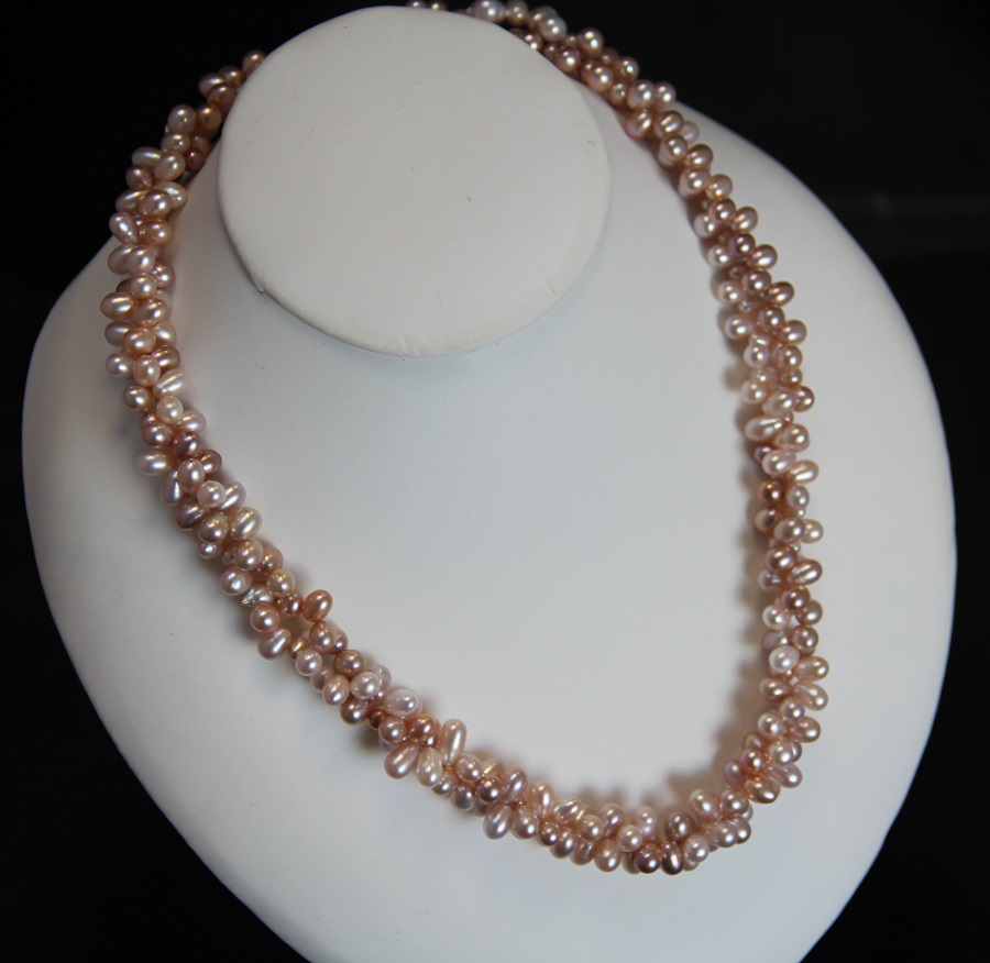 Pink Pearl Necklace Made By Hand With Cultured Pearls