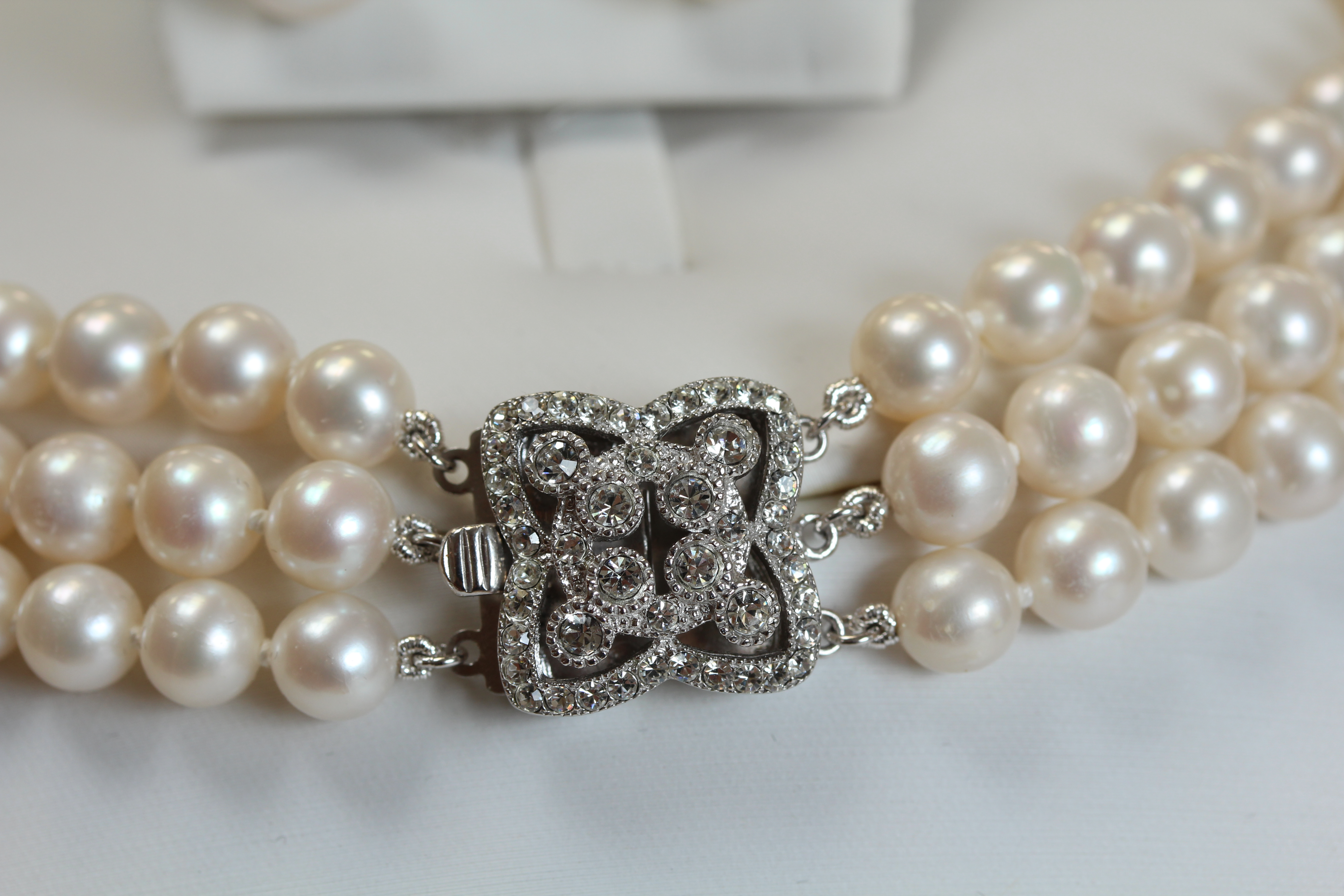 Pearl Diamante Choker With Art Deco Clasp