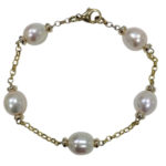 Mary Berry style bracelet pearls
